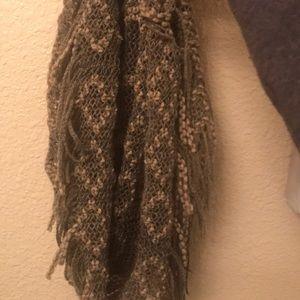 Mini infinity scarf